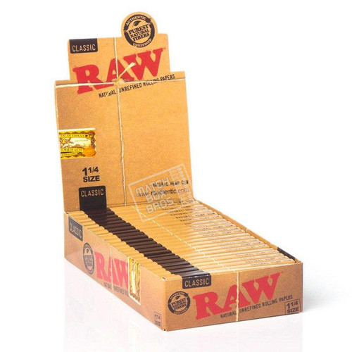 RAW Classic 1¼ Rolling Paper Display Box