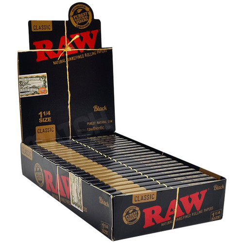 RAW Black 1 1/4 Paper Full Box