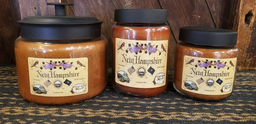 NEW HAMPSHIRE BUTTERMAPLE SYRUP CANDLES THE FRESH WARM SCENT OF HOT BUTTERED MAPLE SYRUP PANCAKES ON A SUNDAY MORNING