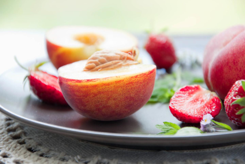 White Strawberry Peach Balsamic