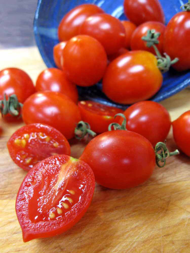 Sliced King Umberto Tomatos - (Lycopersicon lycopersicum)