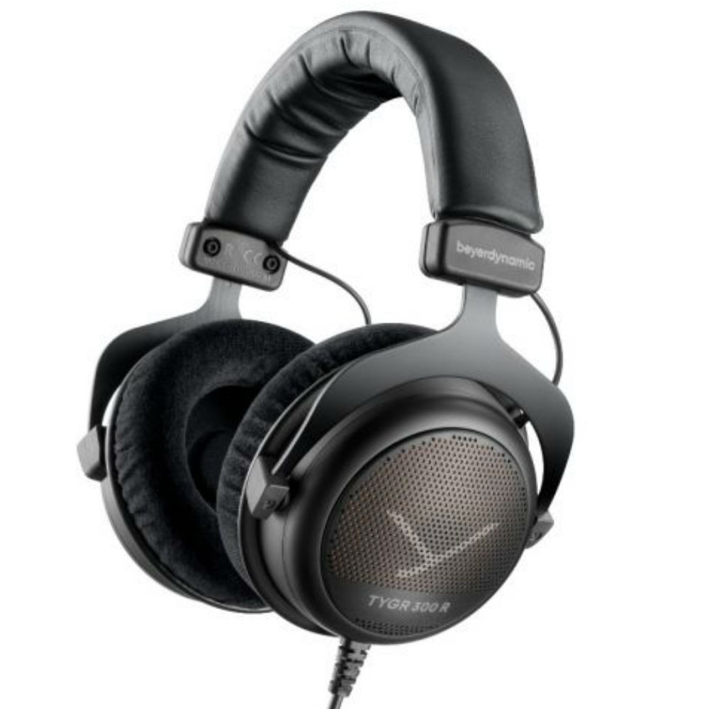 Beyerdynamic TYGR 300 R Gaming Headphones, With FOX Professional USB Studio Microphone