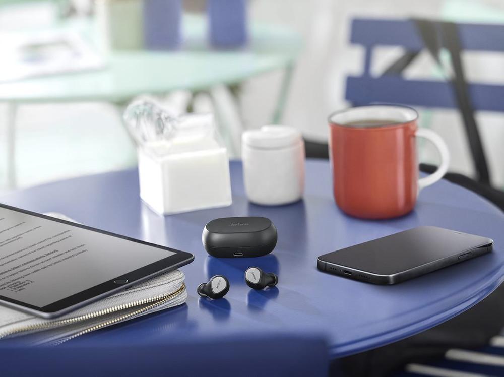 Jabra Elite 7 Pro Active Noise Cancelling Wireless Earbuds With Charging Case (Titanium Black)