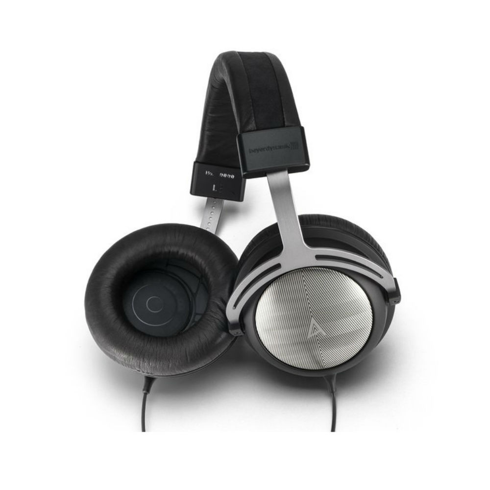 Astell & Kern iRiver AK T5p Beyerdynamic Limited Edition Headphones (Black)