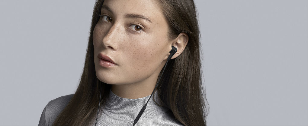264d2514c57 B&O Play Beoplay E4 Review - Headphones SG