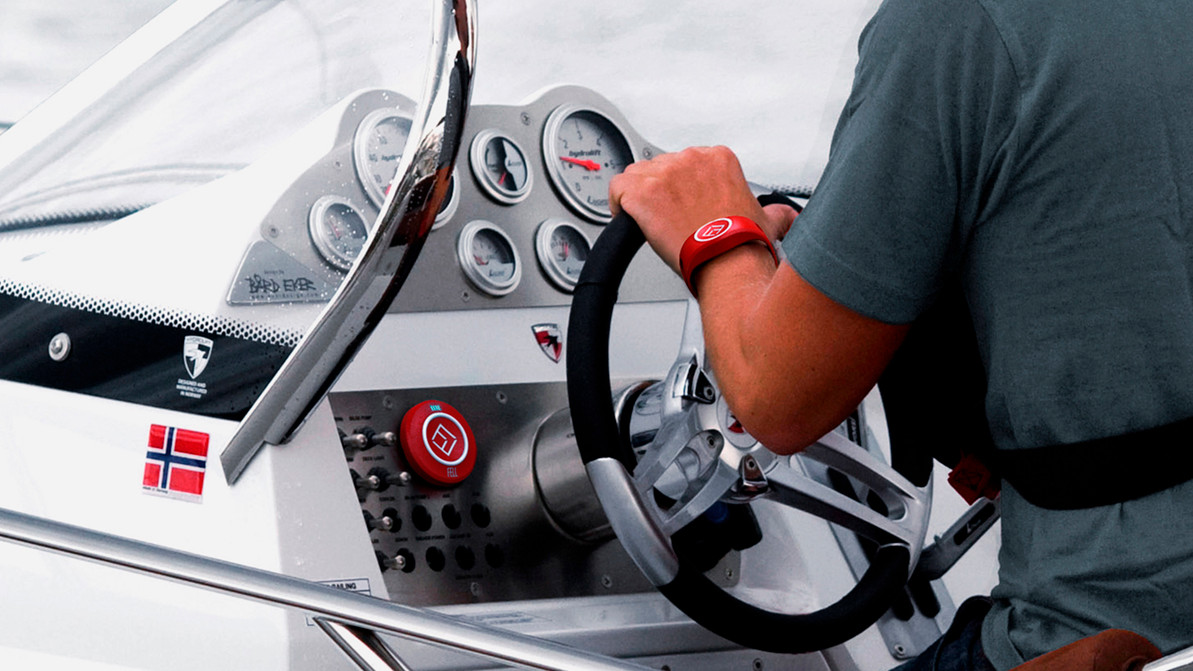 Stay connected to your Boat