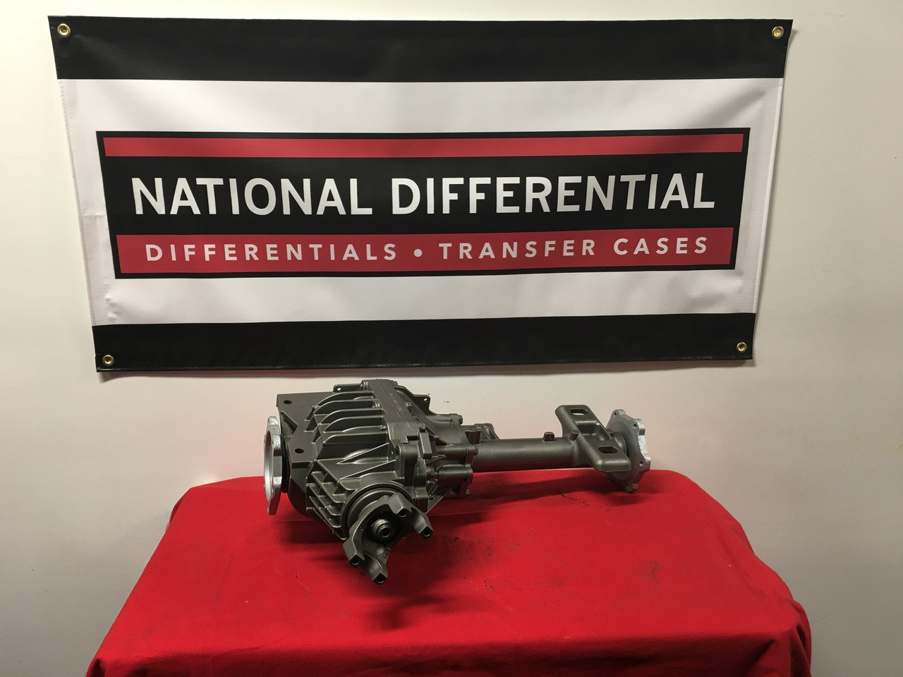 8.25-inch Front Differential for 2007, 2008, 2009, 2010, 2011, 2012, 2013, 2014 Cadillac Escalade available with a 3.08, 3.42, or 3.73 gear ratios