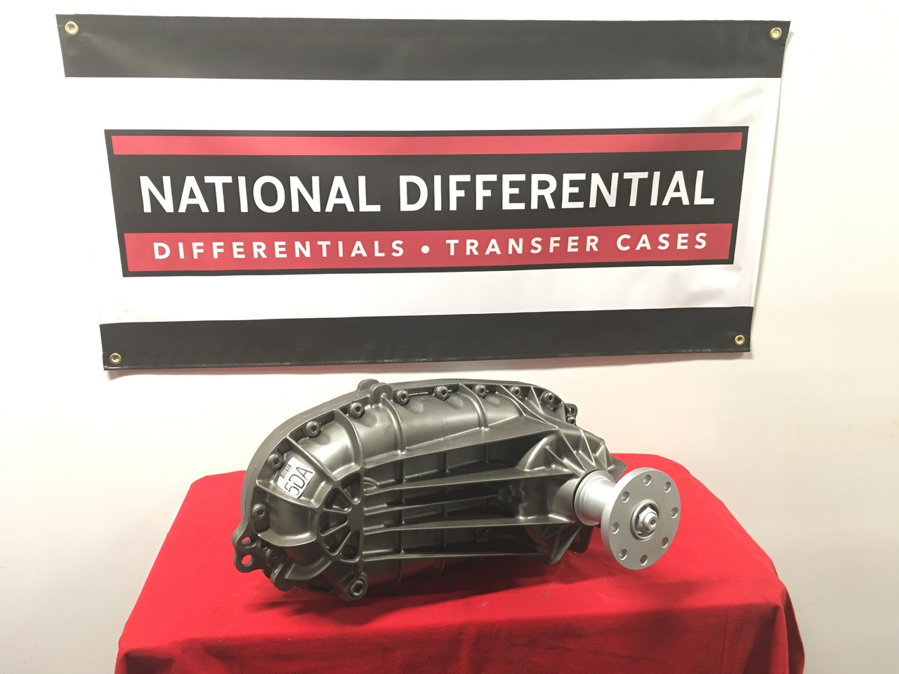 Borg Warner Transfer Case for 1996 and 1997 Ford F350 Pickup Trucks with Electronic Shifting