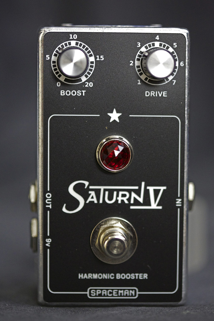 SPACEMAN EFFECTS SATURN V (SILVER)