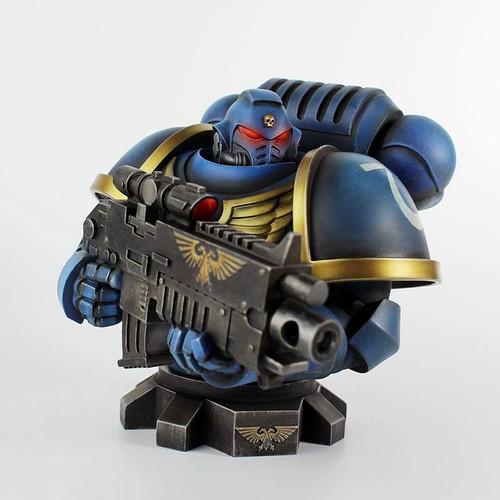 Semic Warhammer 40K Ultramarine Primaris Bust