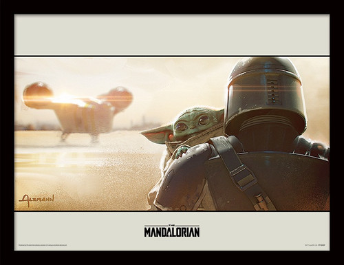 Star Wars: The Mandalorian (Shoulder)  Framed 30 x 40cm Print