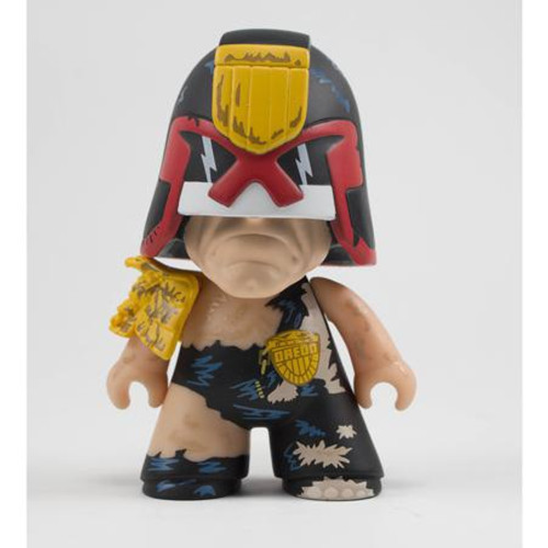 "2000ad Titans Judge Dredd 4.5"" Vinyl Figure Cursed Earth"