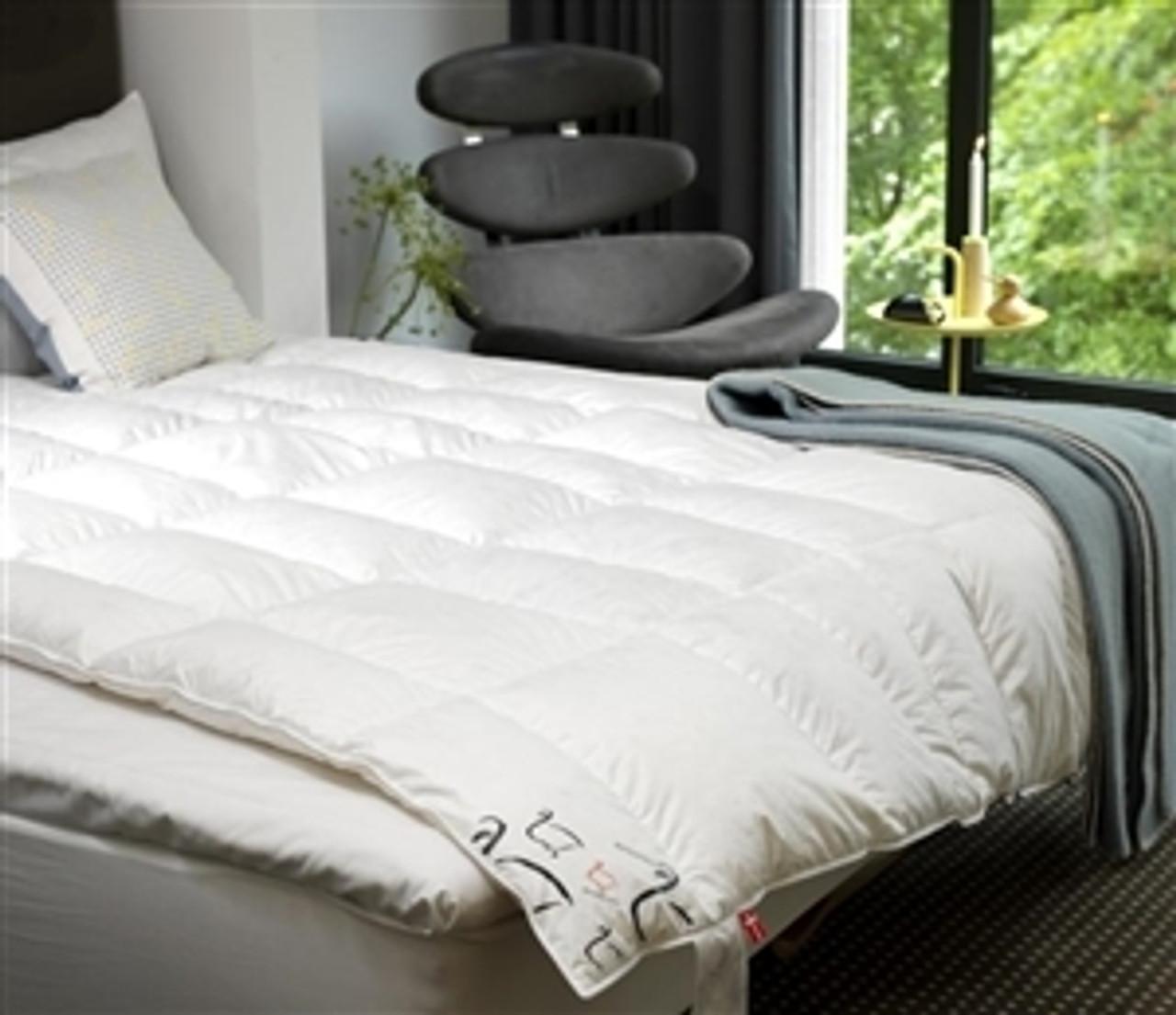 Scandinavian Down Comforters & Pillows