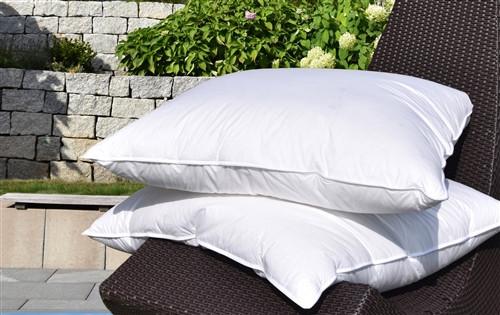 """Goose Down Pillow German Size 80x80cm / 31x31"""""""