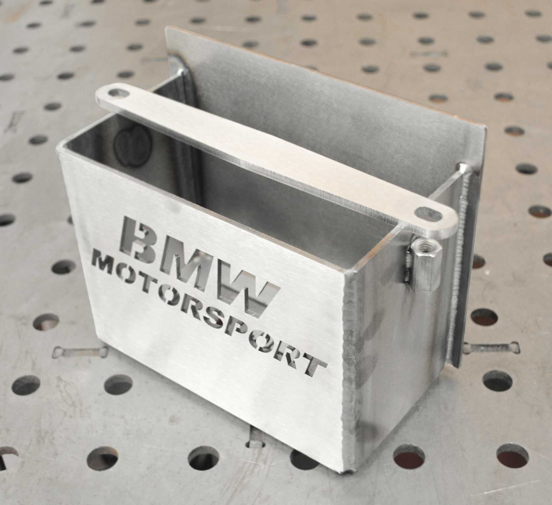 bpd-custom-parts-battery-tray-bmw-motorsport.jpg