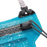 niteize-runoff-waterproof-phone-pouch-zipper