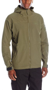 Under Armour Jackets & Outerwear
