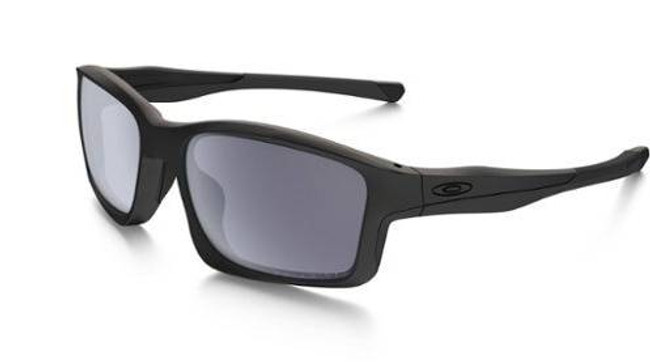 Oakley Chainlink Covert Matte Black Sunglasses with Grey Polarized Lenses OO9247-1557 888392082336