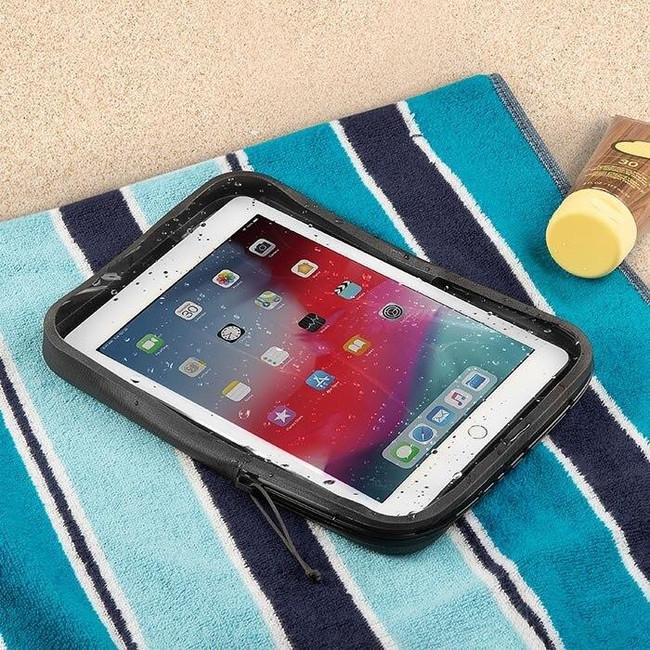 niteize-waterproof-tablet-case-feature