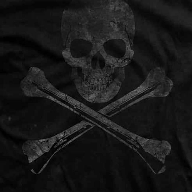 Ranger Up Hoist the Black Flag Vintage Shirt RU696