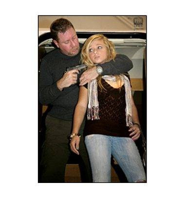 Law Enforcement Targets, Inc. VIP Target - Hostage Exiting Aircraft - Minimum Quantity of 25 |