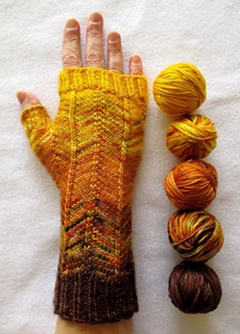 Fadewalker Fingerless Mitts Kit