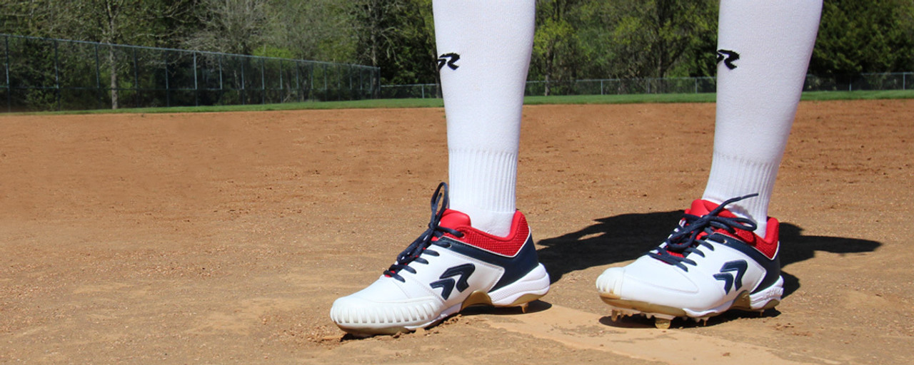Pitching Cleats for Women's Softball