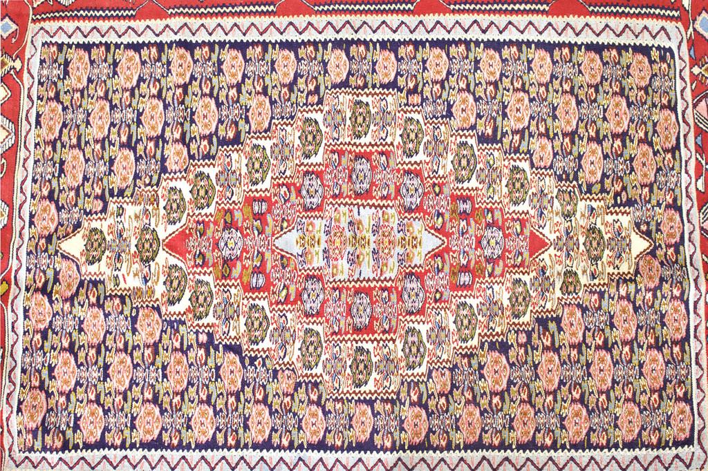 Senneh Persian Kilim (Ref 782) 153x120cm