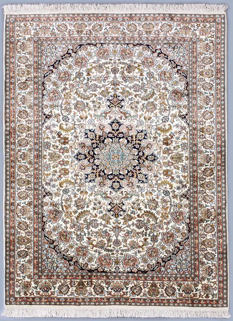 Kashmir Pure Silk Rug (Ref 3252) 184x128cm