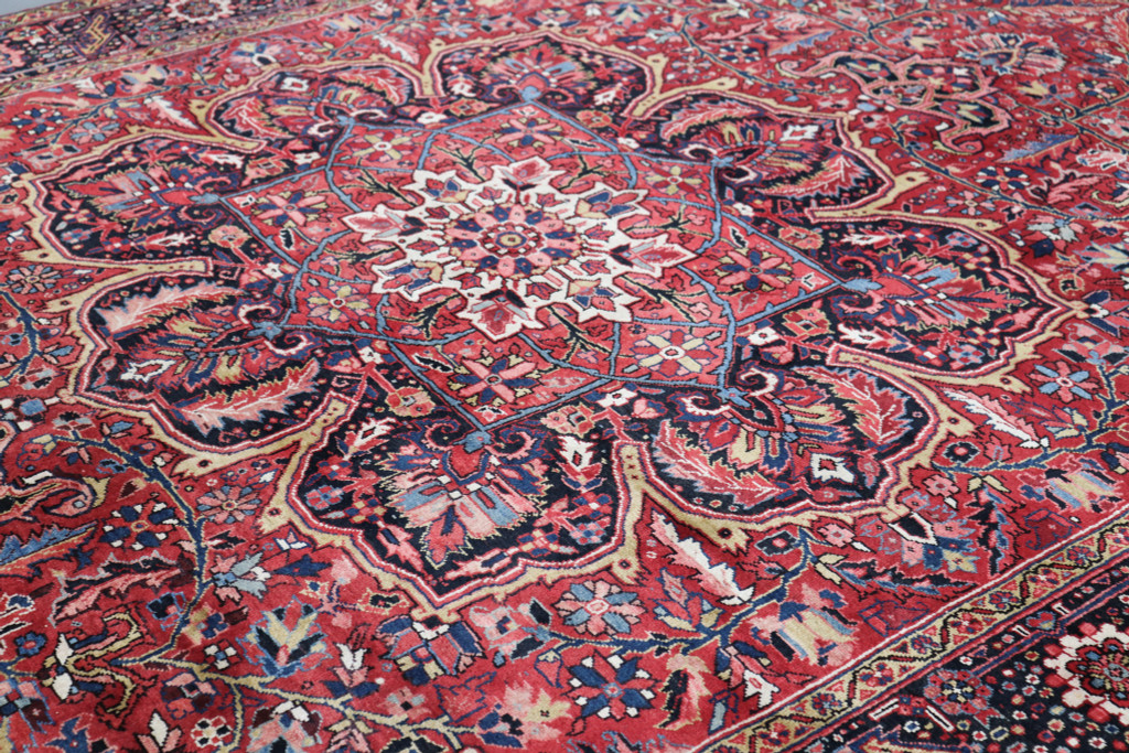 Heriz Vintage Village Persian Rug (Ref 50086) 406x300cm