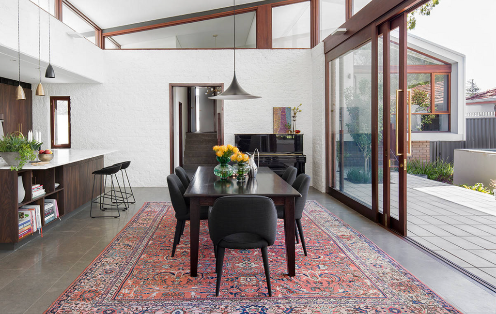 Choosing the Perfect Persian Rug for your Dining Room