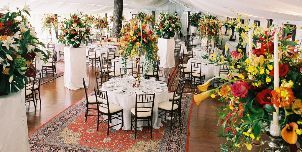 Tips For Styling a Boho Wedding With Persian Rugs