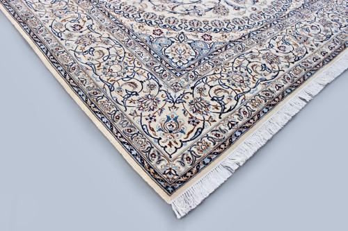 Nain Classic Persian Rug (Ref 11) 358x246cm