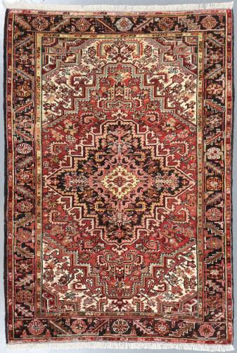 Heriz Vintage Persian Rug (Ref 198) 210x150cm
