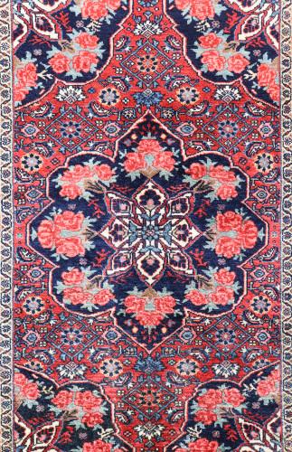 Bakhtiari Village Persian Rug (Ref 40) 155x110cm