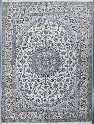 Nain Fine Wool & Silk Inlay 9la Persian Rug (Ref 410) 426x309cm