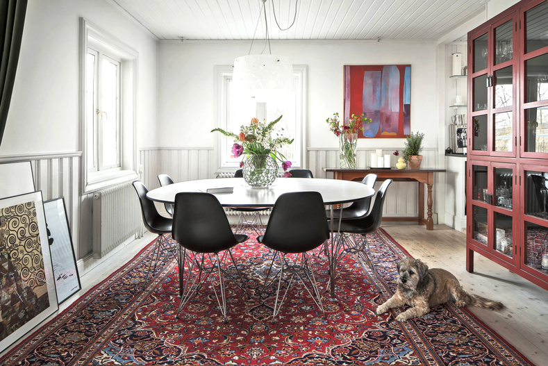 Clash of the Patterns: Five Tips to Successfully Pair Persian Rugs With Your Decor