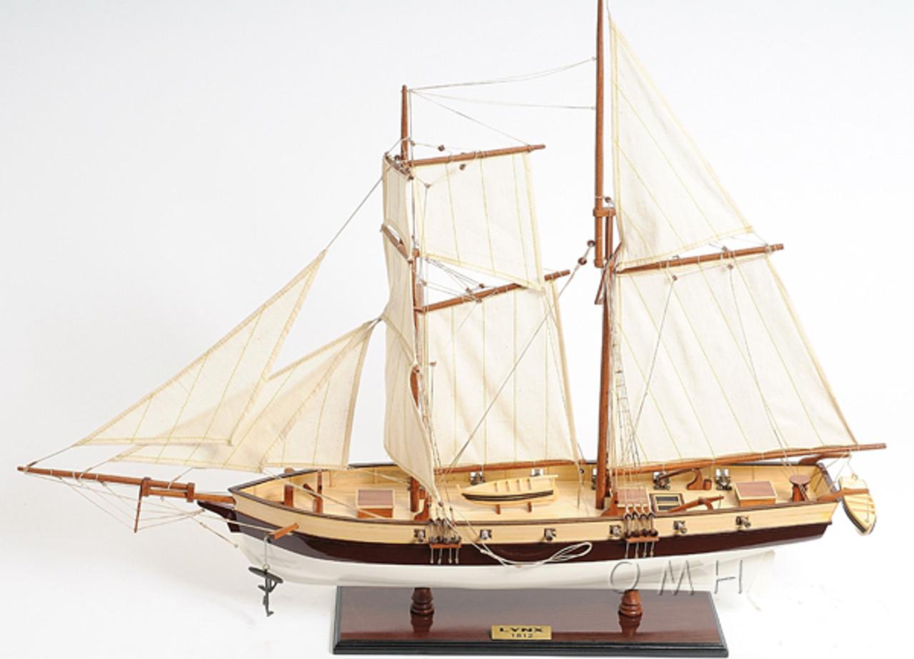 Privateer Lynx Topsail Schooner Ship Model 34