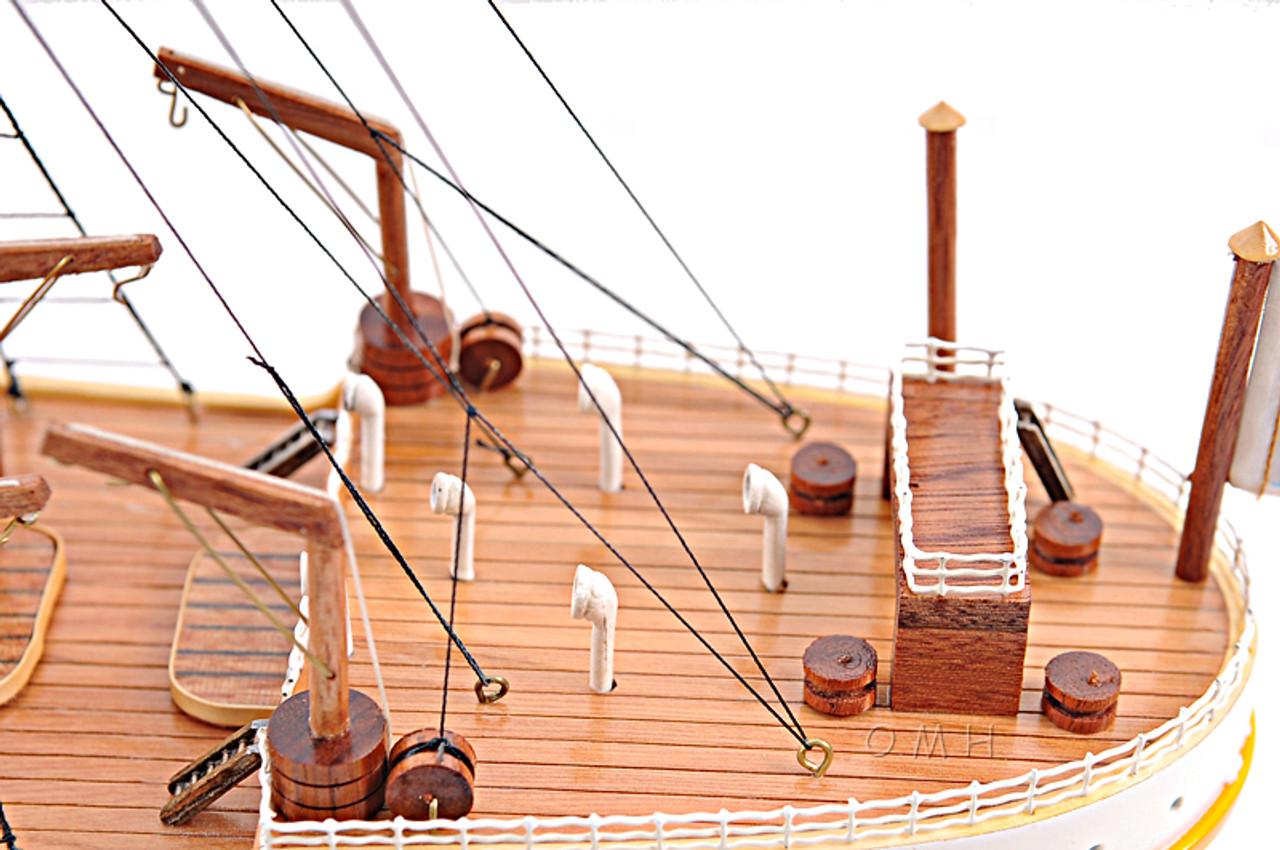 """RMS Titanic Ocean Liner Wooden Model 25"""" White Star Line Cruise Ship"""