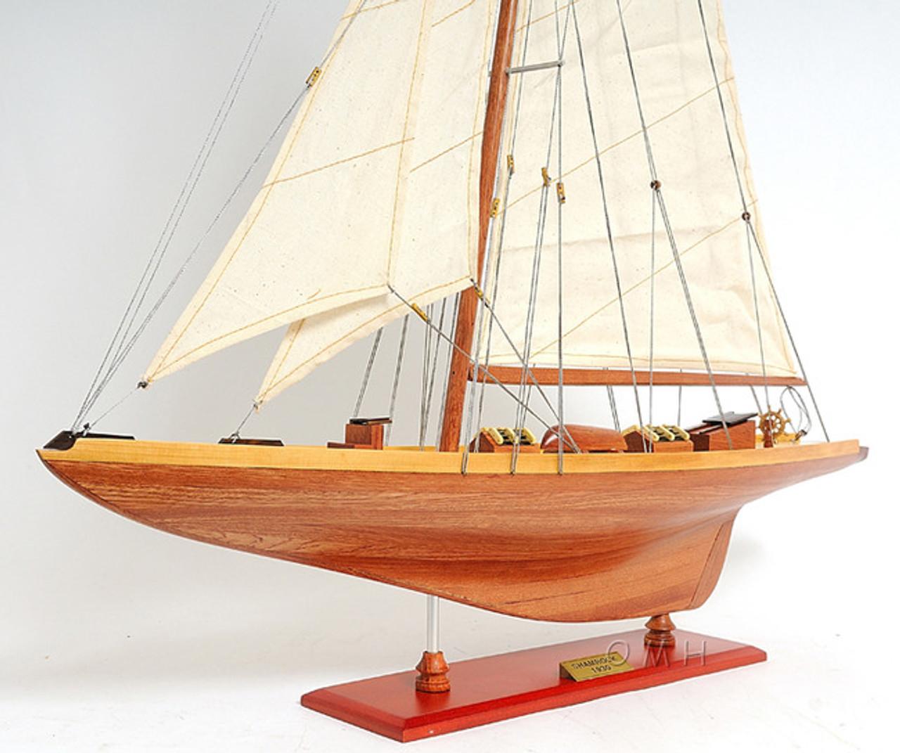 Shamrock Americas Cup Yacht Model U.K. Challenger