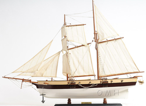 Privateer Lynx Topsail Schooner Ship Model Sailboat