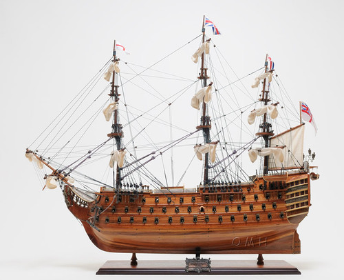 HMS Victory Model Floor Display Case Nelsons Flagship