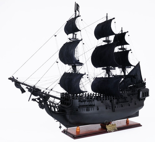 Black Pearl Caribbean Pirate Ship Model Floor Display Case