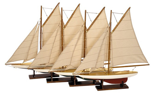Mini Pond Model Sailboats Set of 4