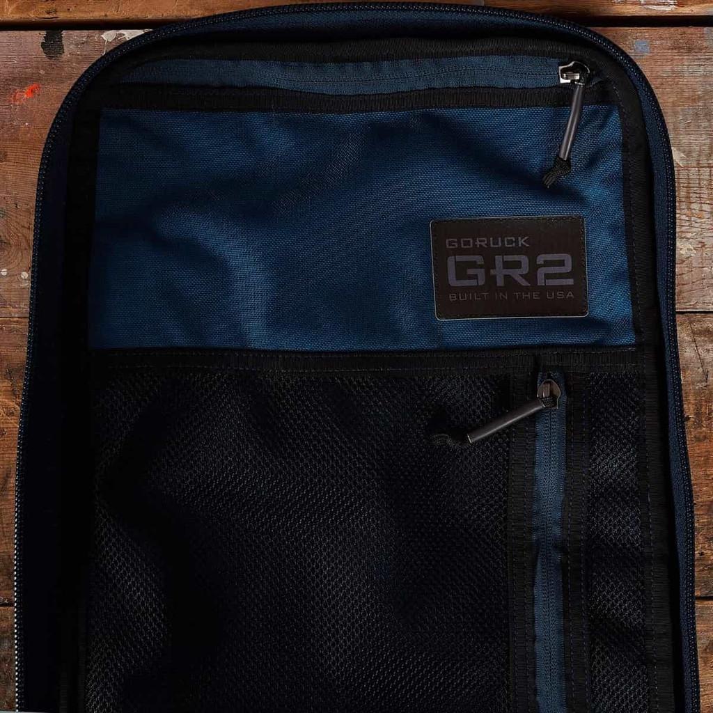 GR2 40L (Navy + Red)