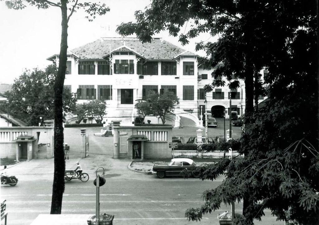 Back in Vietnam - 002: House 10