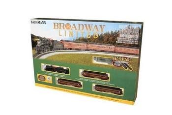Bachmann 24026 N Scale BROADWAY LMT ELE SET