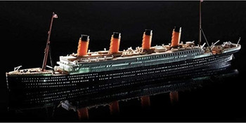 Academy 14220 1/700 RMS TITANIC+LED SET