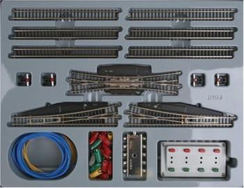 Marklin 8194 Z Scale T3 Extension Set w/ Electric turnouts scale