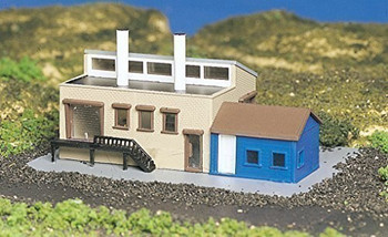 Bachmann 45902 N Scale Factory With Accessories